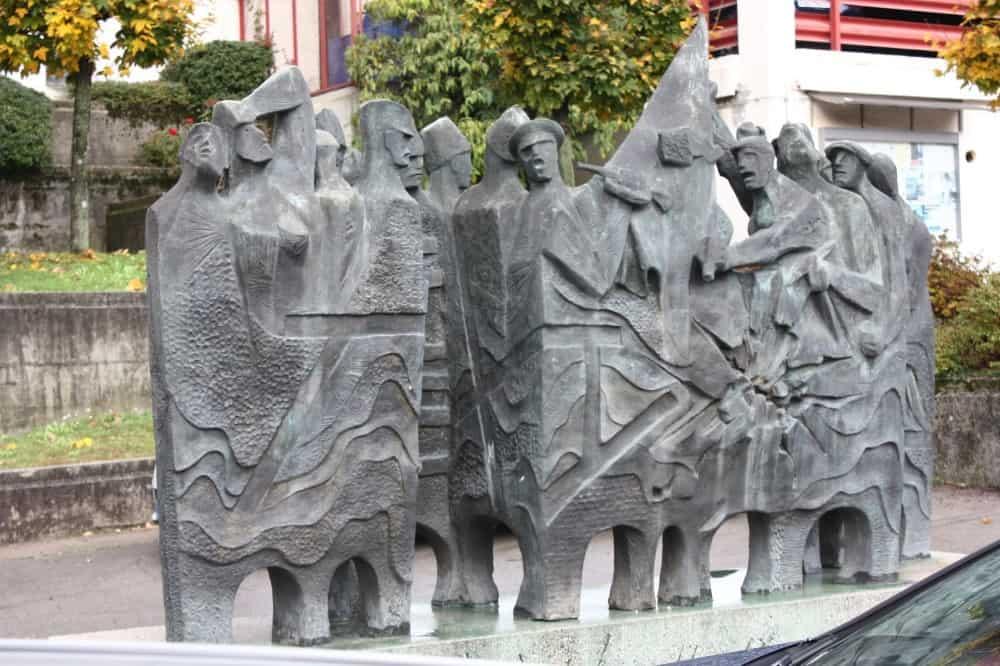 Spomenik ob 50-letnici spopada z Orjuno (Custom)